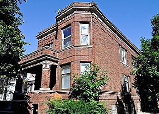 Foreclosed Home in Chicago 60647 W WRIGHTWOOD AVE - Property ID: 2490617696