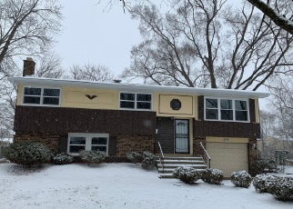 Foreclosed Home in Sauk Village 60411 OLIVIA AVE - Property ID: 2497804404
