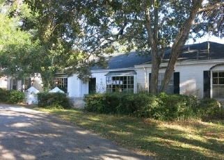 Foreclosed Home in Clearwater 33764 ALLENS CREEK DR - Property ID: 2563374366