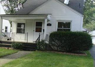 Foreclosed Home in Pontiac 48341 S TILDEN ST - Property ID: 2677969833
