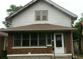 Foreclosed Home in Indianapolis 46219 N EMERSON AVE - Property ID: 2723002757