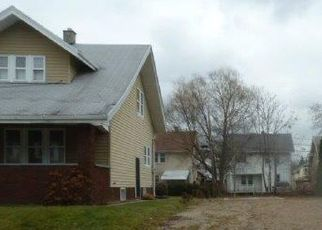 Foreclosed Home in Toledo 43607 PARKDALE AVE - Property ID: 2724600484