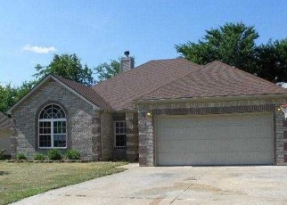 Foreclosed Home in Muskogee 74403 ELBERTA ST - Property ID: 2725045461