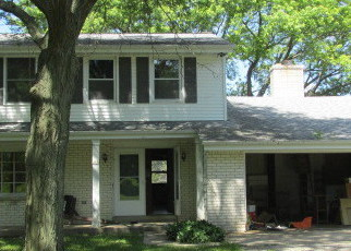 Foreclosed Home in Colgate 53017 MEADOW WAY - Property ID: 2727930847