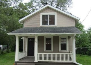Foreclosed Home in Adrian 49221 COLLEGE AVE - Property ID: 2733302135