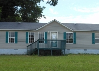 Foreclosed Home in Byron 31008 COLONIAL DR - Property ID: 2745945131