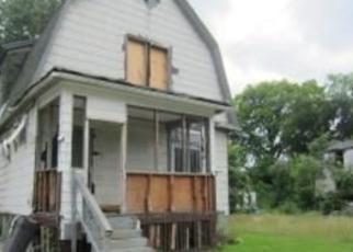 Foreclosed Home in Highland Park 48203 W ROBINWOOD ST - Property ID: 2755845995