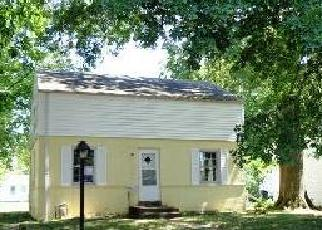 Foreclosed Home in Evansville 47711 OAKLAND AVE - Property ID: 2785805598