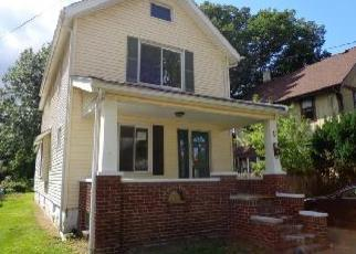 Foreclosed Home in Akron 44301 ANDRUS ST - Property ID: 2787567563
