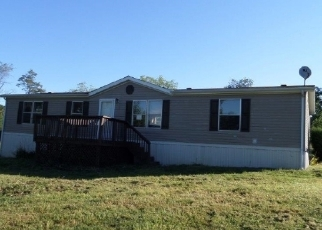 Foreclosed Home in Cross Junction 22625 REDLAND RD - Property ID: 2788980465