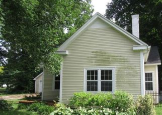 Foreclosed Home in Russellville 42276 W 9TH ST - Property ID: 2827639558