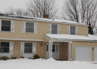 Foreclosed Home in Broadview Heights 44147 MARK DR - Property ID: 2843842402