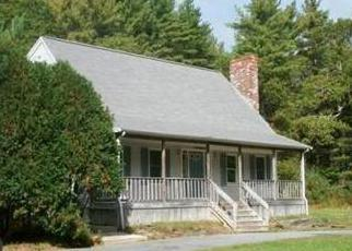 Foreclosed Home in Acushnet 02743 MENDALL RD - Property ID: 2849750229