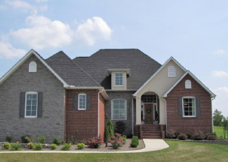 Foreclosed Home in Bronston 42518 COLSON DR - Property ID: 2876080352