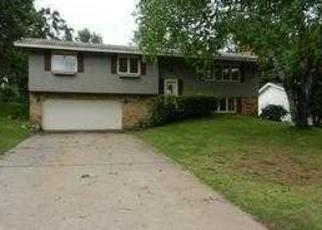 Foreclosed Home in Minneapolis 55421 INNSBRUCK PKWY - Property ID: 2890264134