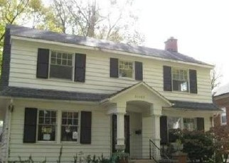 Foreclosed Home in Dearborn 48124 ALEXANDRINE ST - Property ID: 2902500253