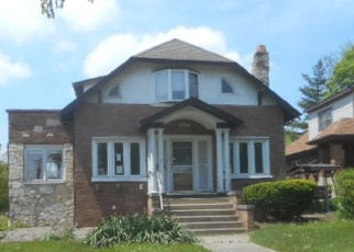 Foreclosed Home in Villa Park 60181 S MICHIGAN AVE - Property ID: 2939053126