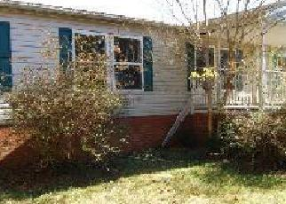 Foreclosed Home in Amelia Court House 23002 MILITARY RD - Property ID: 2953314443
