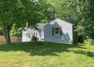Foreclosed Home in Bloomfield 06002 COTTAGE GROVE RD - Property ID: 2974670944