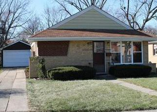 Foreclosed Home in Alsip 60803 S KOLIN AVE - Property ID: 2976724144