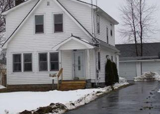 Foreclosed Home in Maple Heights 44137 WOODBROOK AVE - Property ID: 3029237681