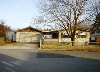 Foreclosed Home in Spokane Valley 99206 N BATES RD - Property ID: 3036610973