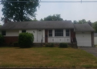 Foreclosed Home in Greenlawn 11740 KIPLING DR - Property ID: 3044951298