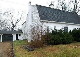 Foreclosed Home in Bloomfield 06002 FILLEY ST - Property ID: 3123158121