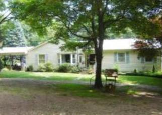 Foreclosed Home in Califon 07830 HIDDEN HOLLOW LN - Property ID: 3136463792