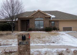 Foreclosed Home in Wichita Falls 76306 HUNTERS GLN - Property ID: 3155020291