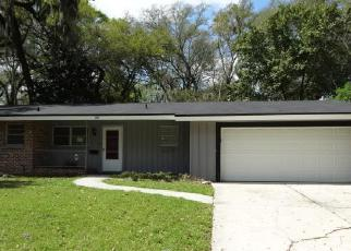 Foreclosed Home in Jacksonville 32210 MOUNT VERNON DR - Property ID: 3195276684