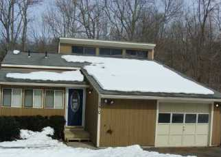 Foreclosed Home in Naugatuck 06770 MAY ST - Property ID: 3205641784