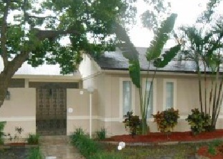 Foreclosed Home in Tampa 33614 LA SERENA DR - Property ID: 3259941794