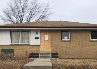 Foreclosed Home in Milwaukee 53218 W BENDER AVE - Property ID: 3288430689