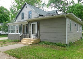 Foreclosed Home in Iowa Falls 50126 ESTES ST - Property ID: 3292969855