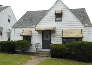 Foreclosed Home in Cleveland 44125 E 86TH ST - Property ID: 3293310144
