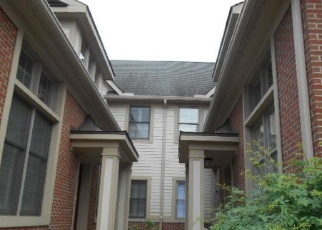 Foreclosed Home in Beachwood 44122 CHAGRIN BLVD - Property ID: 3293315404