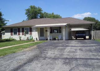 Foreclosed Home in Indianapolis 46221 WININGS AVE - Property ID: 3295259579