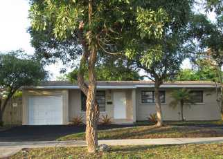 Foreclosed Home in Cutler Bay 33157 LISA RD - Property ID: 3351035113