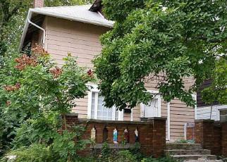Foreclosed Home in Indianapolis 46208 SALEM ST - Property ID: 3351345655