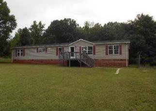 Foreclosed Home in Evington 24550 LUCINDA DR - Property ID: 3363548931