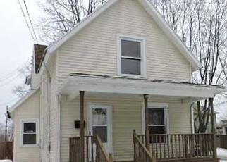Foreclosed Home in Lansing 48910 DAVIS AVE - Property ID: 3409527424