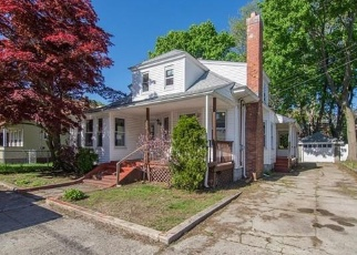 Foreclosed Home in Lawrence 01841 WARWICK ST - Property ID: 3418581667