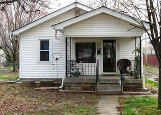 Foreclosed Home in Indianapolis 46222 N EXETER AVE - Property ID: 3424057207
