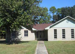 Foreclosed Home in Gulfport 39503 W DOGWOOD DR - Property ID: 3429174956