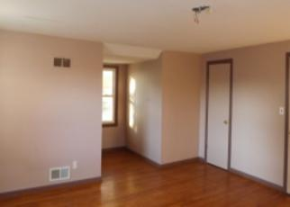 Foreclosed Home in Kansas City 64119 NE 50TH TER - Property ID: 3439363531