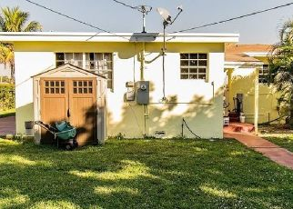 Foreclosed Home in Miami 33167 NW 22ND AVENUE RD - Property ID: 3442064966