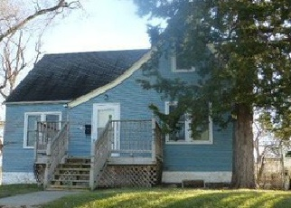 Foreclosed Home in Omaha 68111 EMMET ST - Property ID: 3472408220