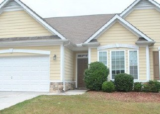 Foreclosed Home in Union City 30291 CRESTVIEW CIR - Property ID: 3515540797
