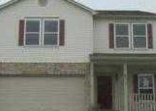 Foreclosed Home in Camby 46113 WANDA LAKE DR - Property ID: 3516022104